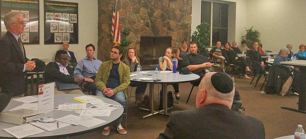 Councilmember Krekorian speaks to Greater Valley Glen Council meeting