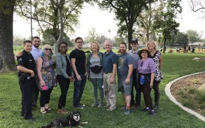 Krekorian explores Valley Glen with Neighbors